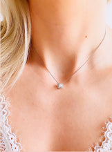 Load image into Gallery viewer, Forevermark Diamond Halo Necklace