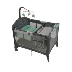 Graco Pack 'n Play with Change 'n Carry - Manor - lisa rankin