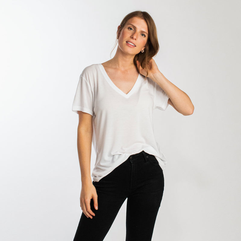 Boxy v-neck t-shirt tencel