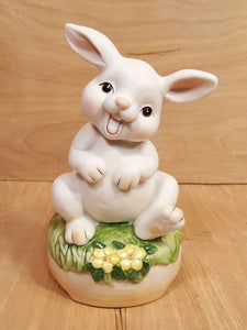 Vintage Silly BUNNY Rabbit MUSIC BOX ~ You Light Up My Life ~ Porcelain Japan