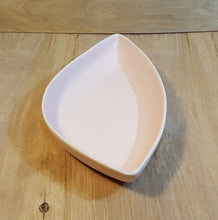 Load Image into Gallery Viewer, Vintage CEMAR CALIFORNIA USA POTTERY ~ Mid Century MODERN PINK DISH Console Bowl