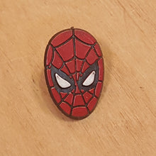 Load Image into Gallery Viewer, Vintage 1990 MARVEL SPIDER-MAN Head Plastic PIN ~ RARE *