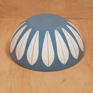"Vintage CATHRINE HOLM 5.5"" BOWL ~ Blue Lotus Enamelware ~ Norway"