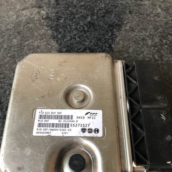 CALCULATEUR MOTEUR ECU FPT 55271527