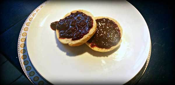 A Homemade Blackberry Jam Recipe