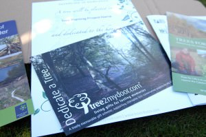 Dedicate a tree gift box
