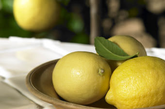 Lemon Tree Gift with Fruit