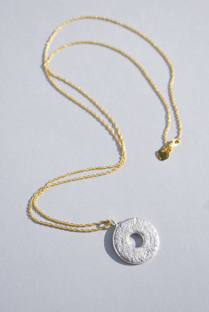 RAI AMULET NECKLACE