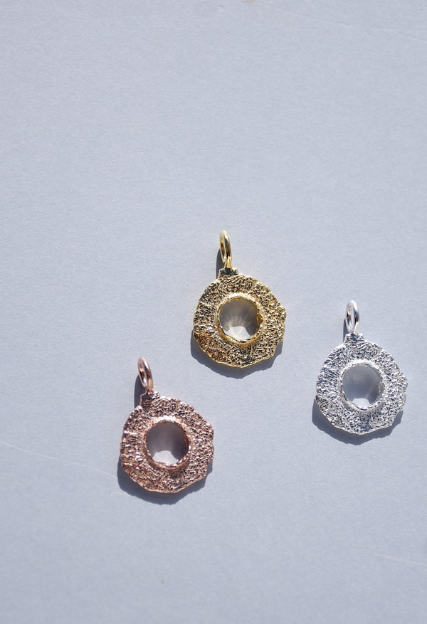 ENSO CIRCLE PENDANT NECKLACE