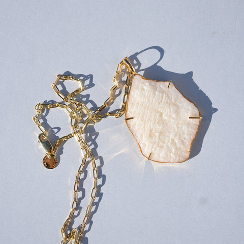 SOL PENDANT NECKLACE