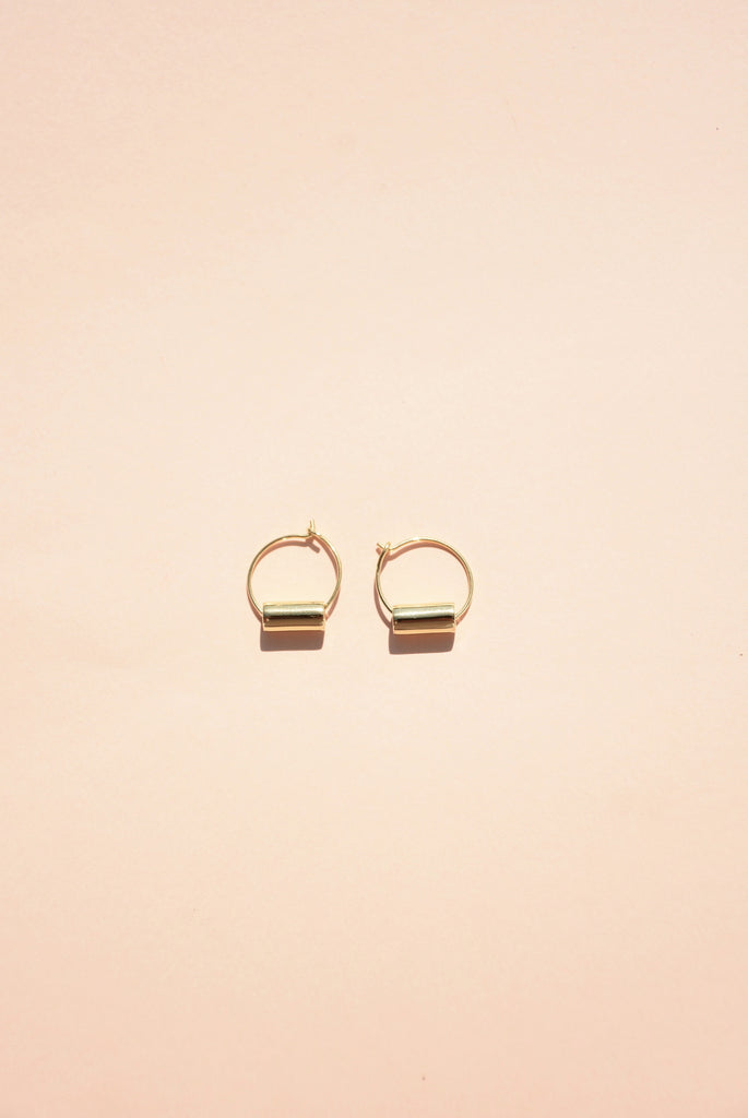 GOLD MINI MAIA HOOP EARRINGS
