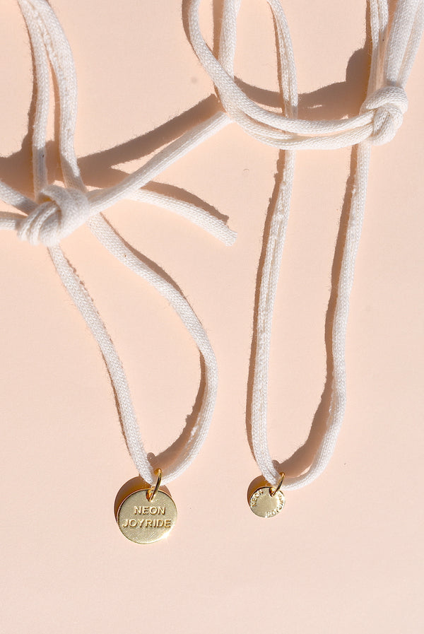 Cream 18k Joy Medallion