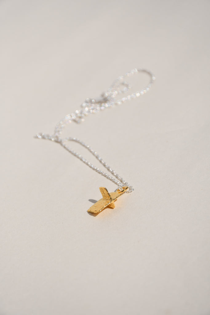 GOLD PIRATA CROSS  NECKLACE