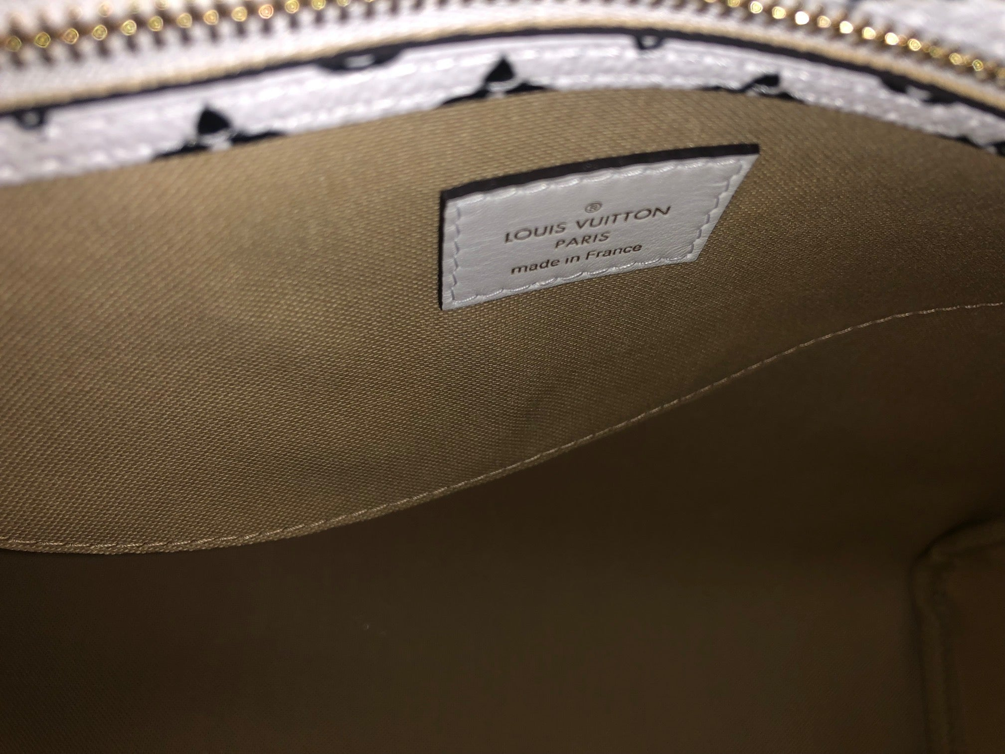 baa3b29dc ... Load image into Gallery viewer, Louis Vuitton Speedy Bandouliere 30  Giant Monogram ...