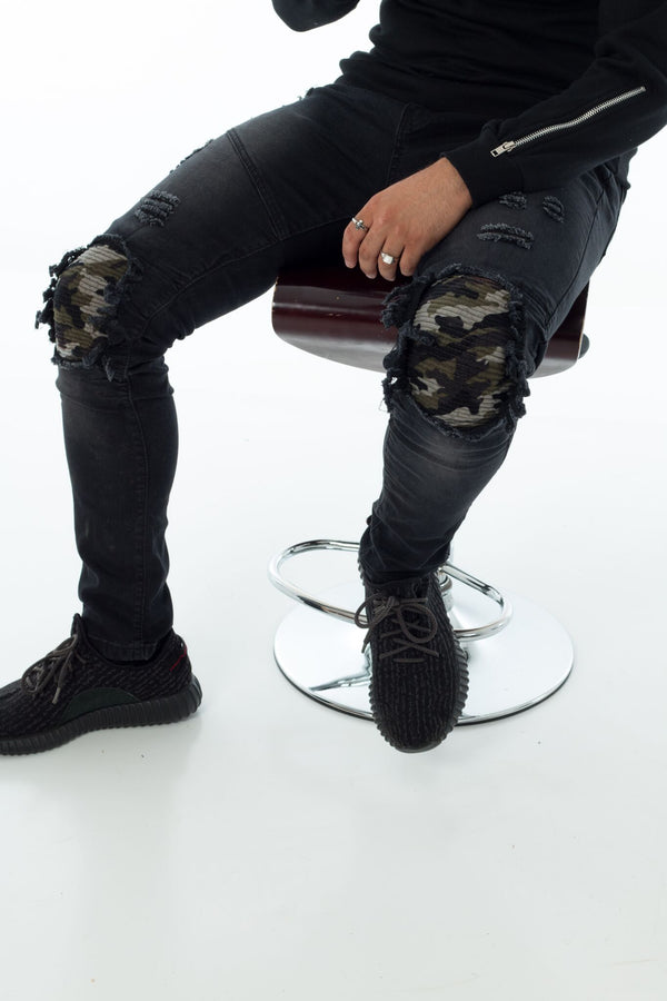 Black & Camo / Distressed biker jeans