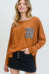 Rust leopard pocket top