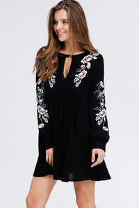 Floral embroidered keyhole dress