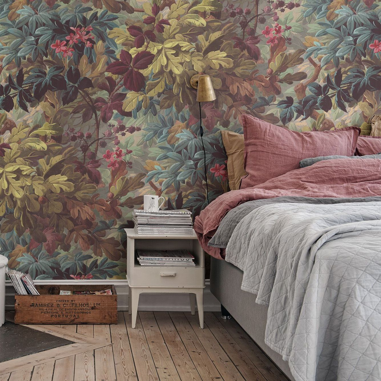 Vinum Raspberries Leaves Mural Wallpaper (SqM)