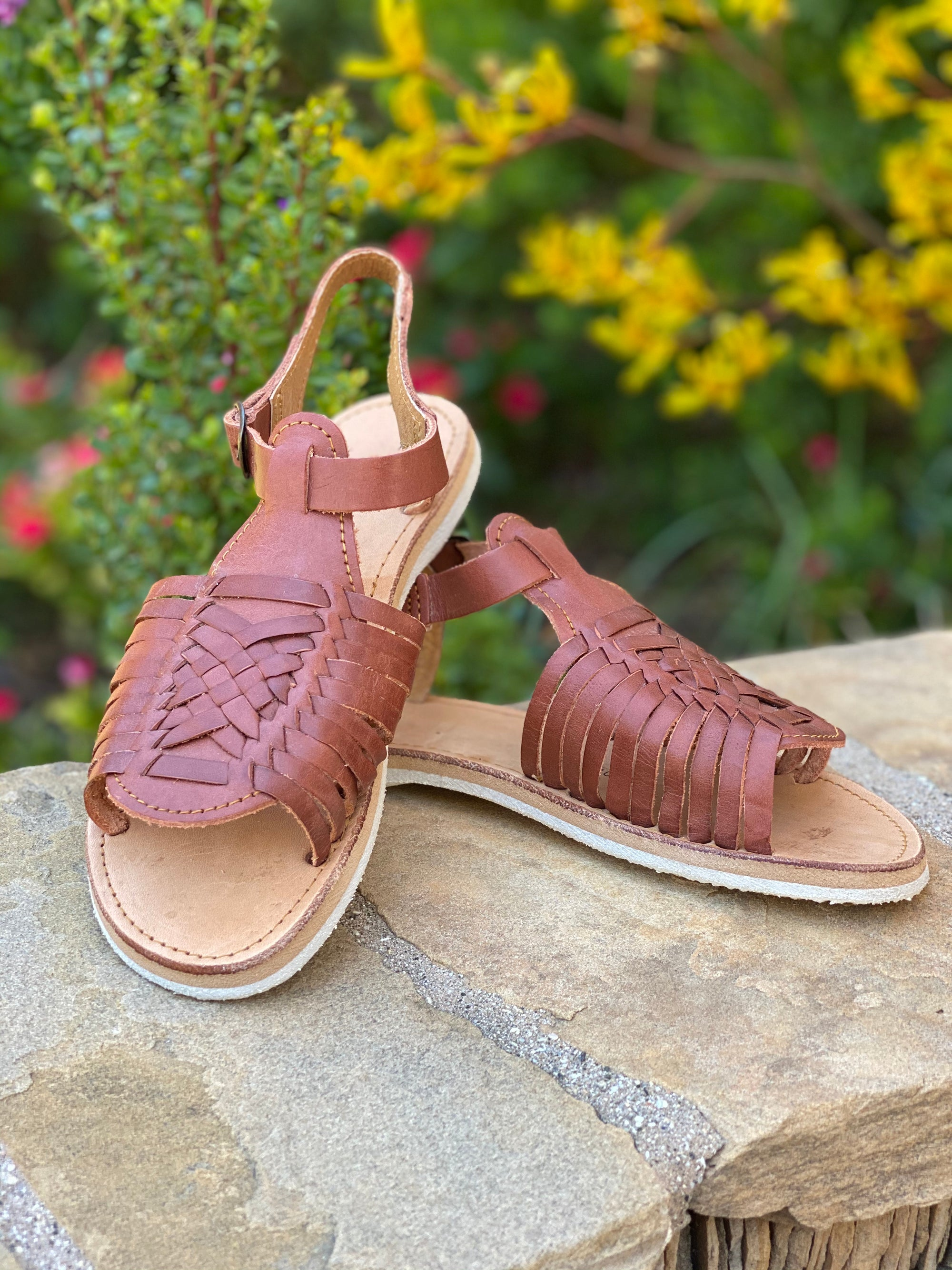 Evelyn Huaraches Brown