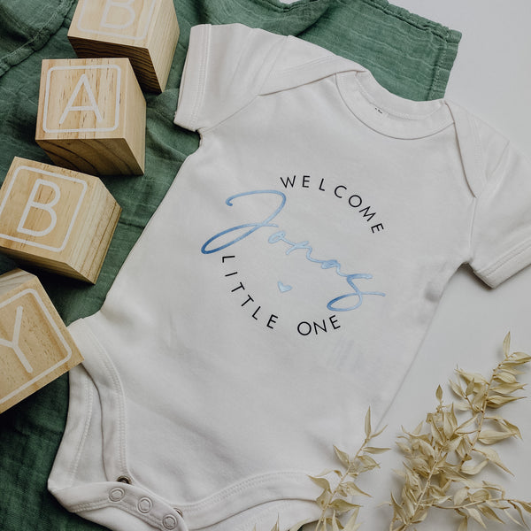 BabyBody WELCOME LITTLE ONE + WUNSCHNAME in weiß