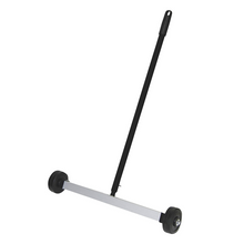 "17"" Magnetic Sweeper"