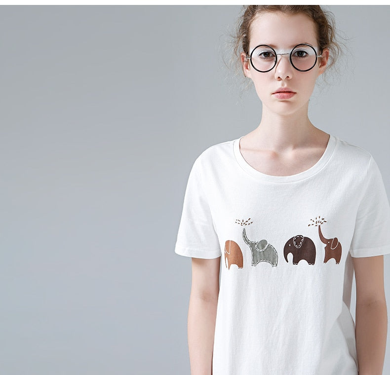Elephant Print T Shirt - Moonbeam Distribution