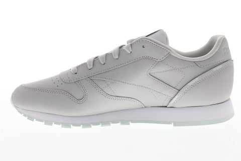 Reebok Classic Leather DV7104 Womens Gray Low Top Lifestyle Sneakers Shoes