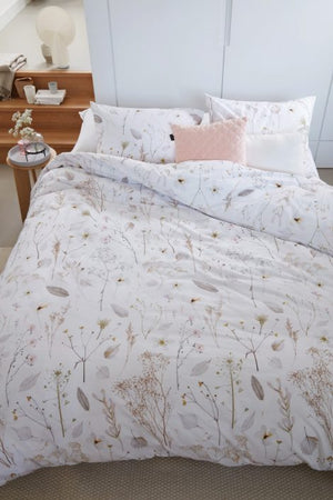 Flowery Duvet Cover, Field Collection