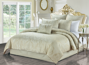 Helia 6-Piece Luxury Oversize Comforter Set