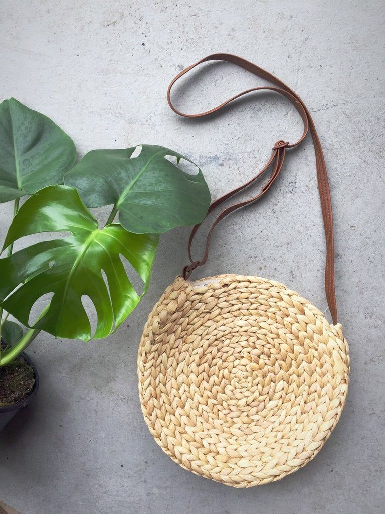 WATER HYACINTH ROUND BAG