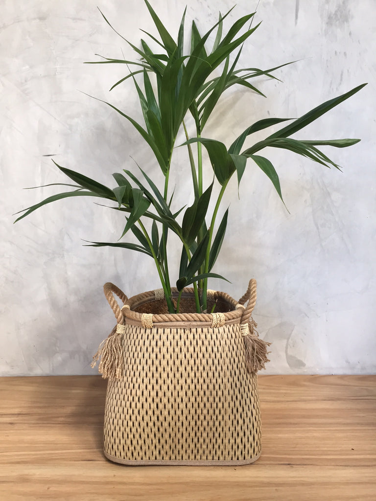 SQUARE BASE WOVEN BASKET