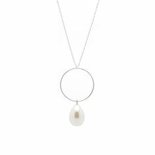 SALOME x Stephanie Waxberg Signature Pearl Necklace - Silver