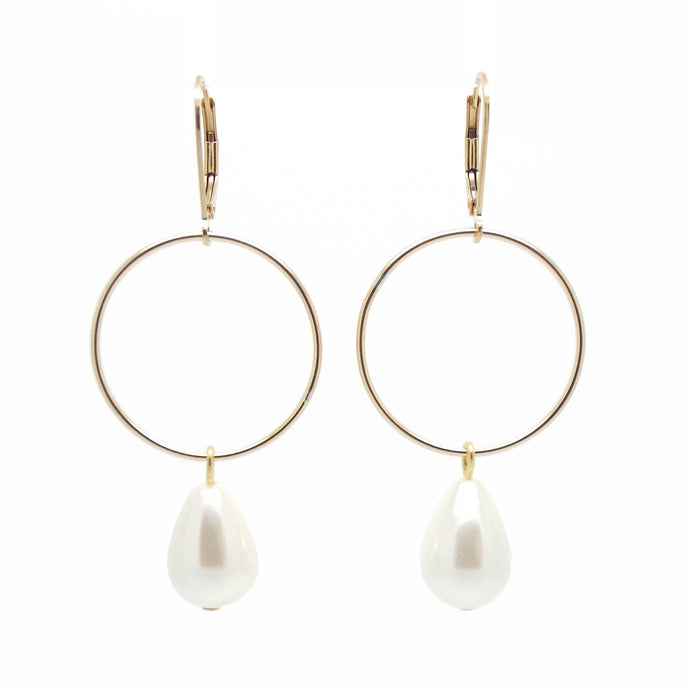 SALOME x Stephanie Waxberg Signature pearl earrings