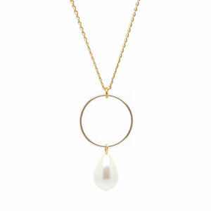 SALOME x Stephanie Waxberg Signature pearl necklace