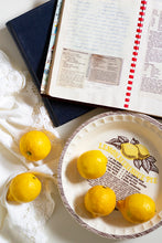 Load image into Gallery viewer, Vintage Lemon Pie Dish