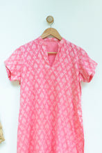 Load image into Gallery viewer, Women's Pink Mandarin Collar Tunic