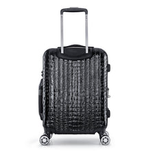 Load image into Gallery viewer, NILE Collection SMART Luggage by Luggage Tech. Ergonomic, push-button handle and double spinner wheels