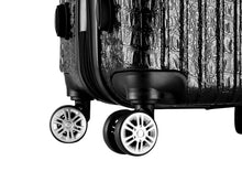 Load image into Gallery viewer, The Nile Collection SMART Luggage features double spinner wheels, custom 360° dual spinner wheels designed for effortless mobility and stability
