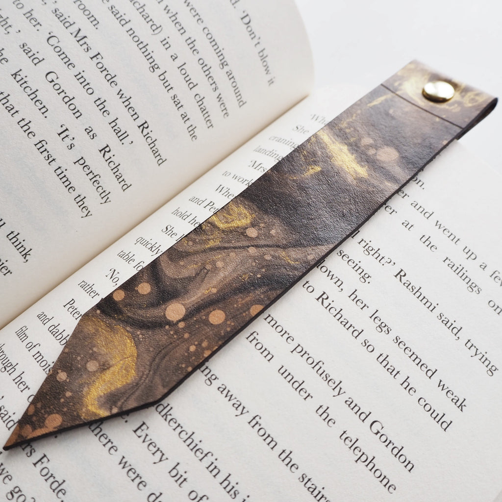 The Cosmos Leather Bookmark-New In-HÔRD