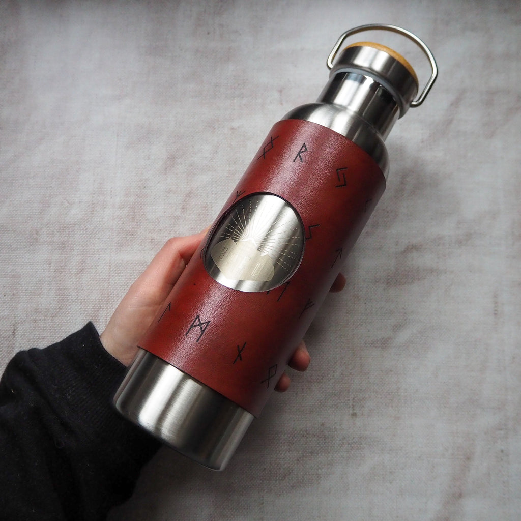The viking adventure bottle, by hord