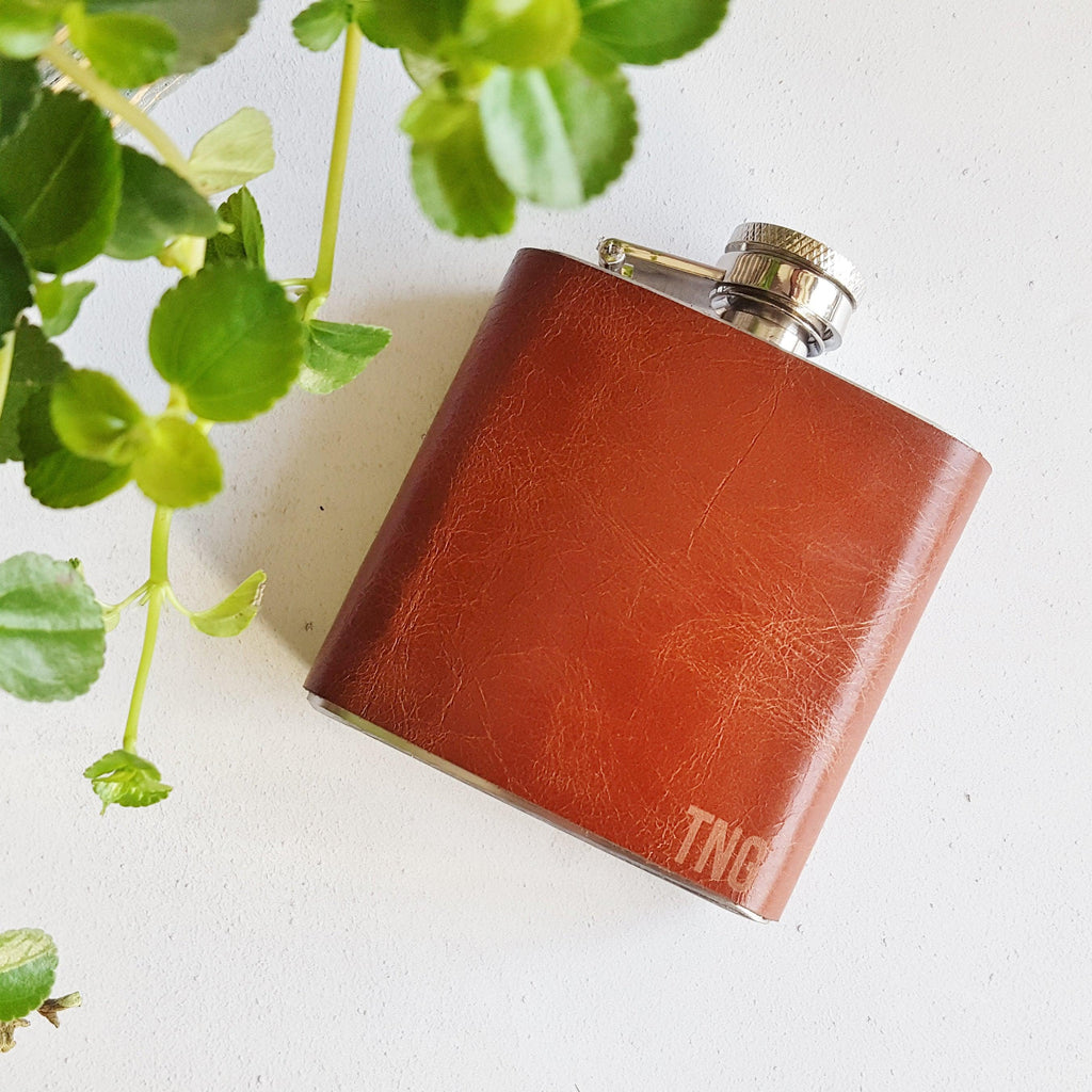 The Paprika Leather Flask with Initials-Hip Flask-HÔRD