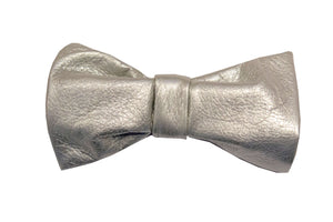 Silver reindeer leather bowtie by Kinos Design made in Finland