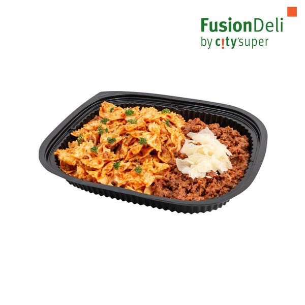 Farfalle Pasta with Beef bolognese