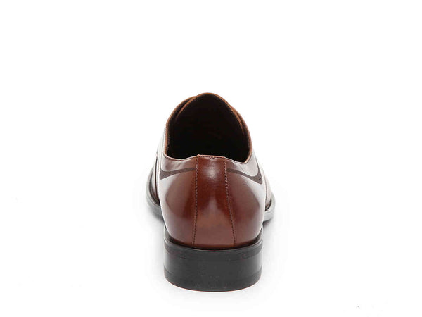 LEISURE HOURS CAP TOE OXFORD
