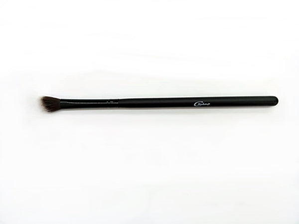 Cinema Makeup x Series- Angled Eyeshadow Brush