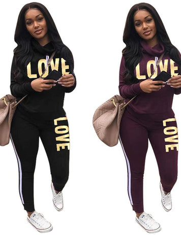 2018 New Arrival Love Printed Two Piece Sportwear Suit