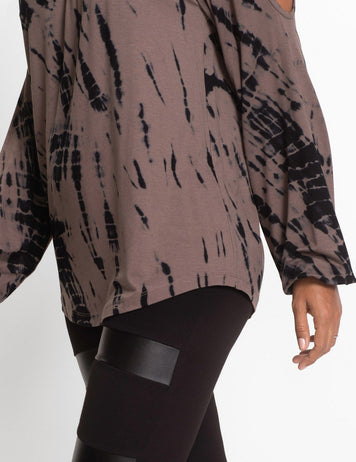 Brown Contrast Printed Cold Shoulder Long Sleeves Curved Hem Casual Blouse