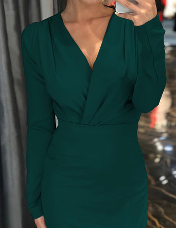 green lady party dress