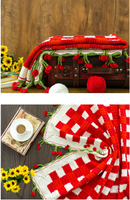 Shereo's crochet pattern of cherry checks blanket