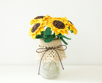 Shereo's crochet pattern+video tutorial of crochet flower lamp